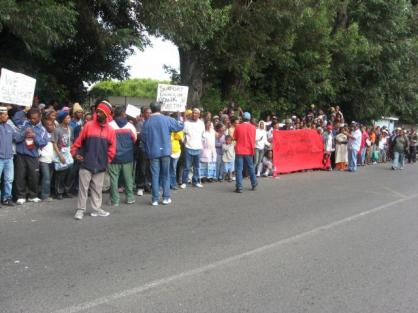 Delft Occupiers At the Bellville Court Protesting at the Arrest of 5 People for Resisting Eviction
