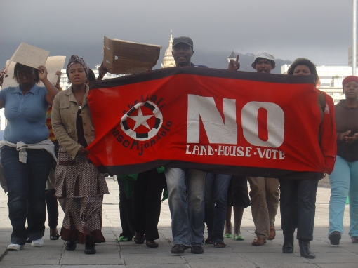 AbM-WC march on City of Cape Town demanding an end to their harrassment by the Anti-Land Invasions Unit